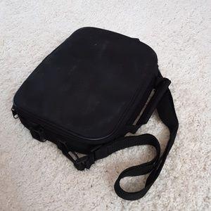 Handbags - Zipper crossbody bag with straps